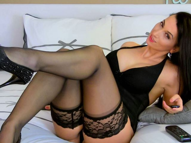 Hot cam girl Chloe in black lingerie & stockings