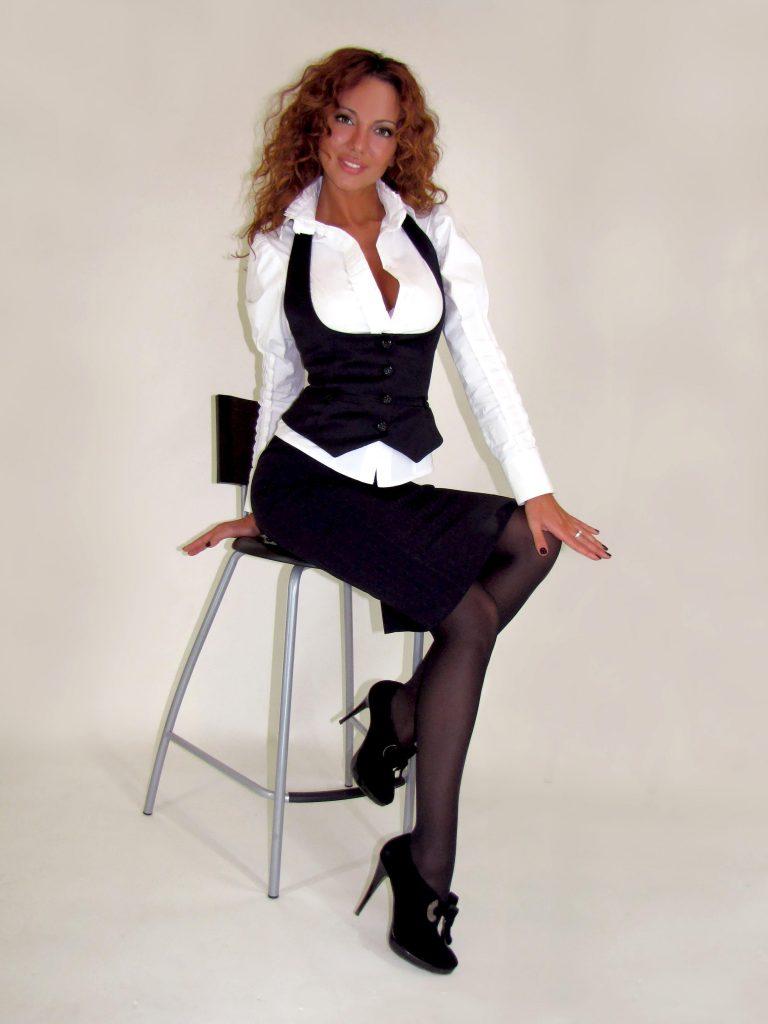 Hot & sexy secretary Jasmine