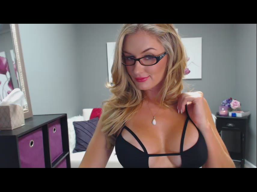 Naughty, slutty secretary - cam girl Morgan
