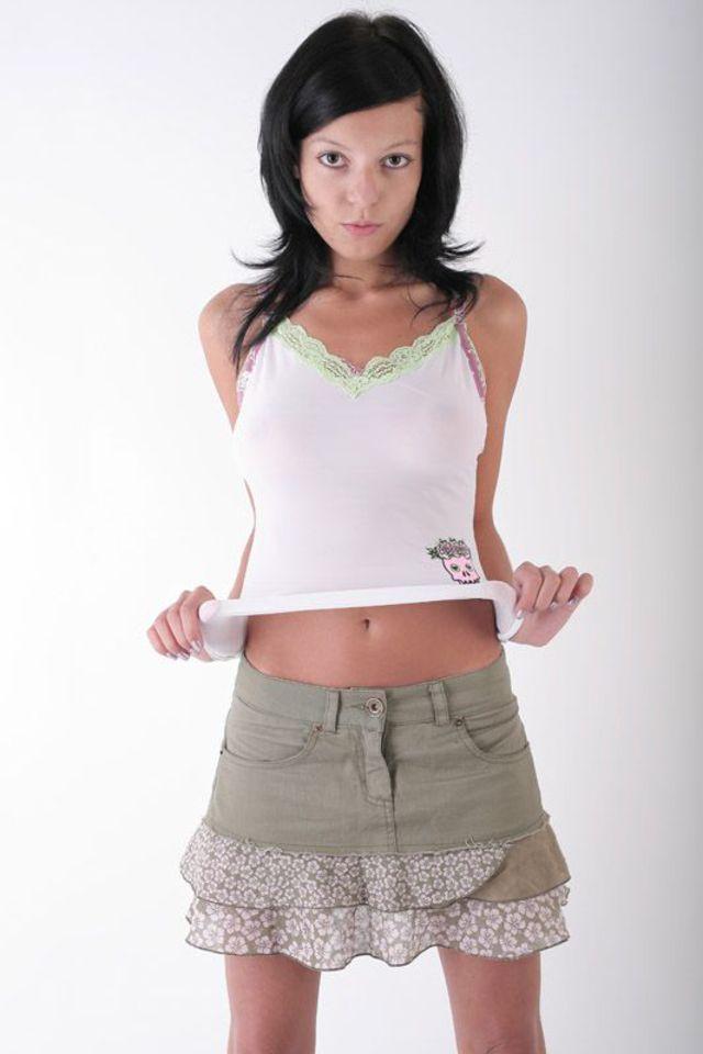 Skinny, slutty college girl Molly