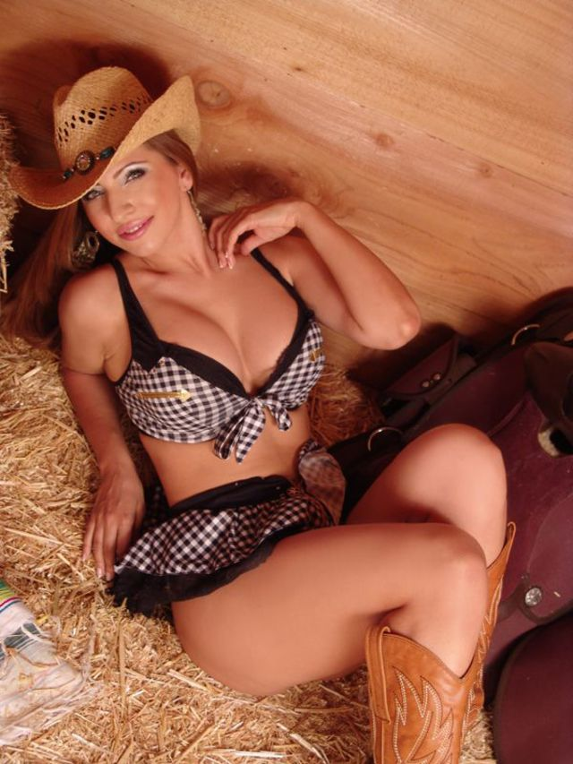 Hot, busty country girl Ann