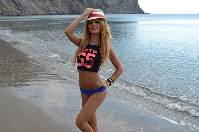 Hot, playful & sexy college girl Nadine