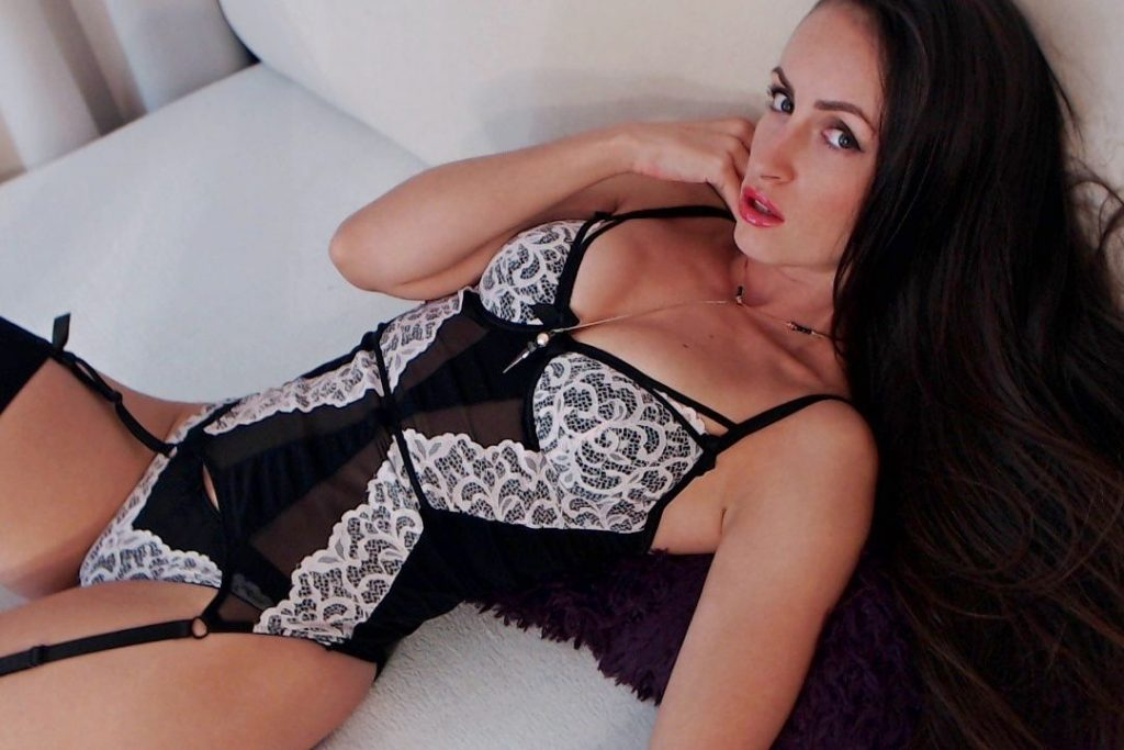 Hot, sexy cam girl Julia in new lingerie