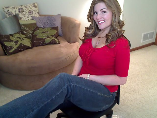 Hot, busty country girl in tight blue jeans