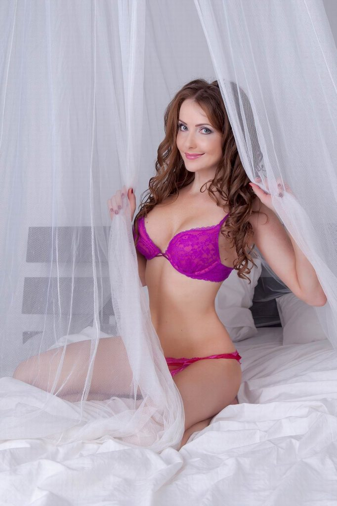 Hot, beautiful cam girl Audrey in new lingerie