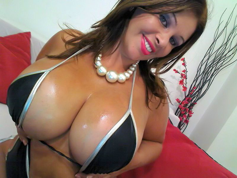 Hot latina Julia - huge natural boobs