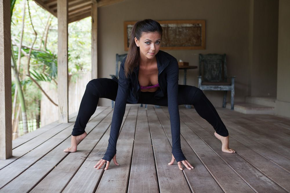 Flexible college girl Jessica