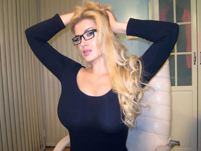 Hot secretary Helen - big natural tits